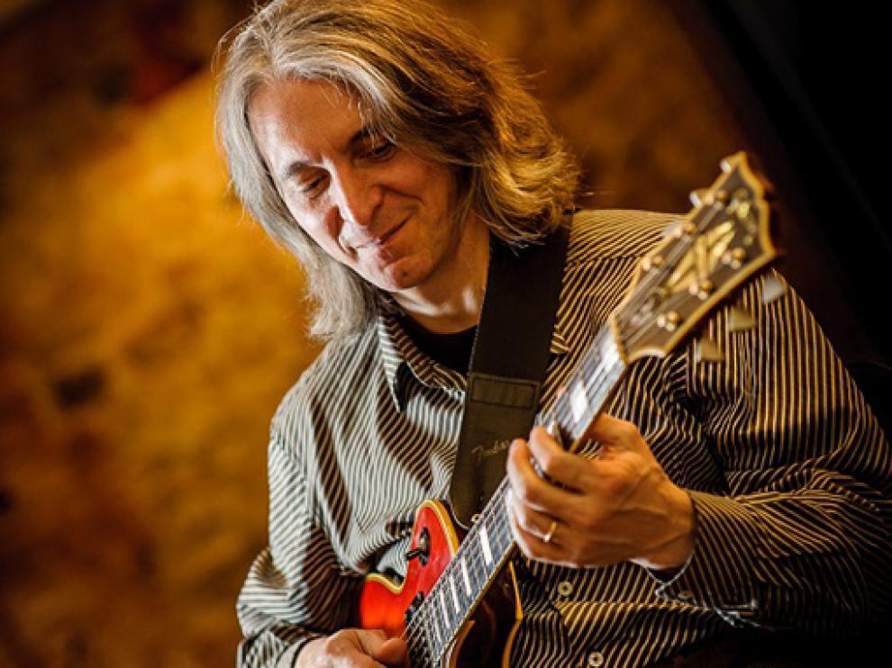 El guitarrista Riqui Sabatés, miembro del mítico movimiento Música Laietana, falleció el domingo.