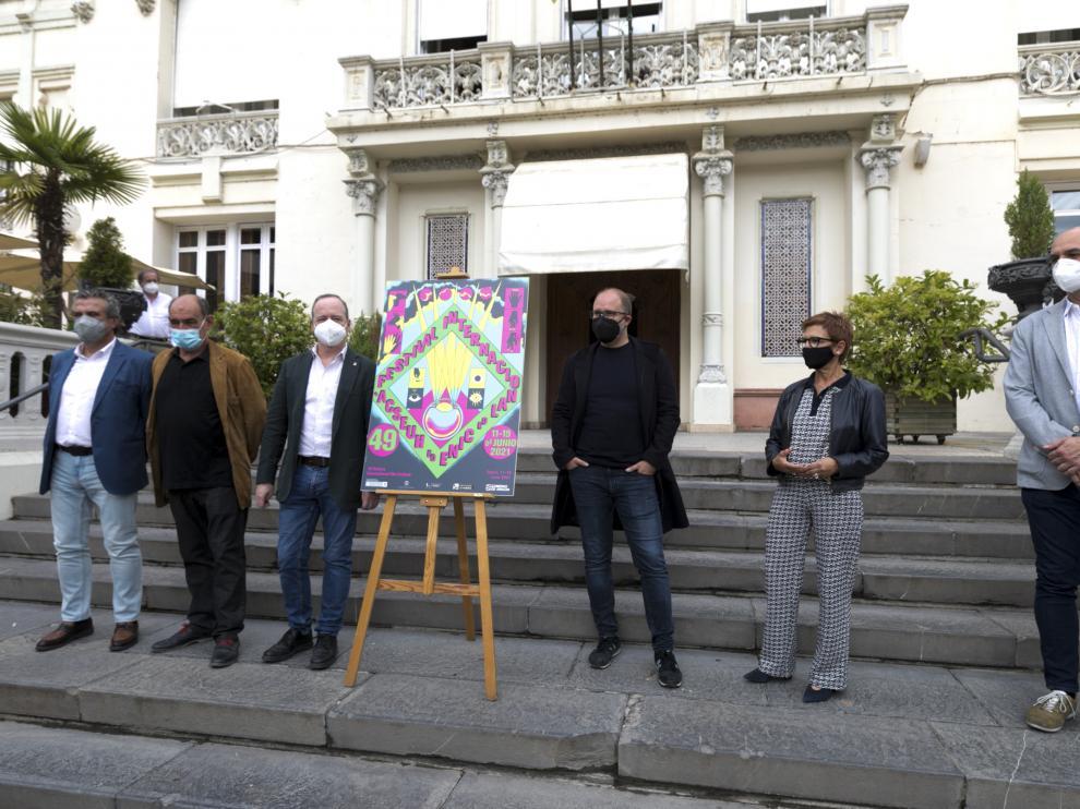 De izquierda a derecha Manuel Pérez, Manuel Avellanas, Ramón Lasaosa, Rubén Moreno, Maribel de Pablo y Víctor Lucea
