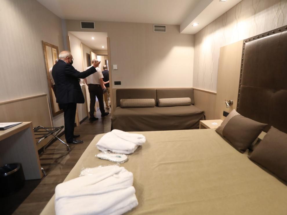 Imagen de una de las habitaciones del Hotel Pedro I de Huesca