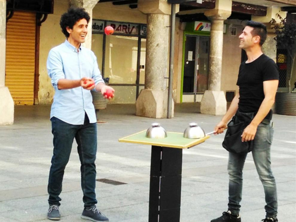 Miguel de Lucas e Ismael Civiac, en plena grabación.