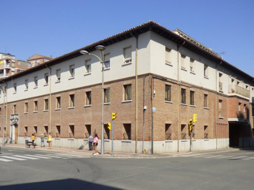 Residencia de la Casa Amparo de Barbastro.