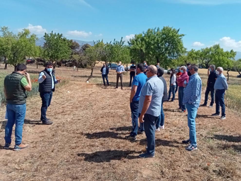 Participantes en la jornada demostrativa en Alerre.