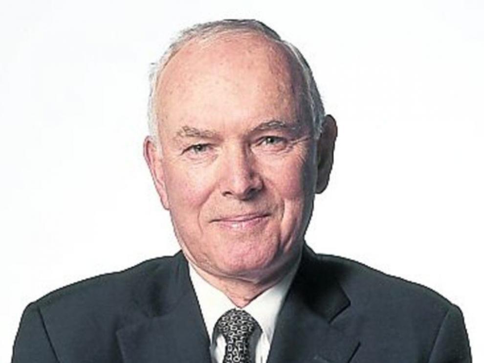Robert Hogan.