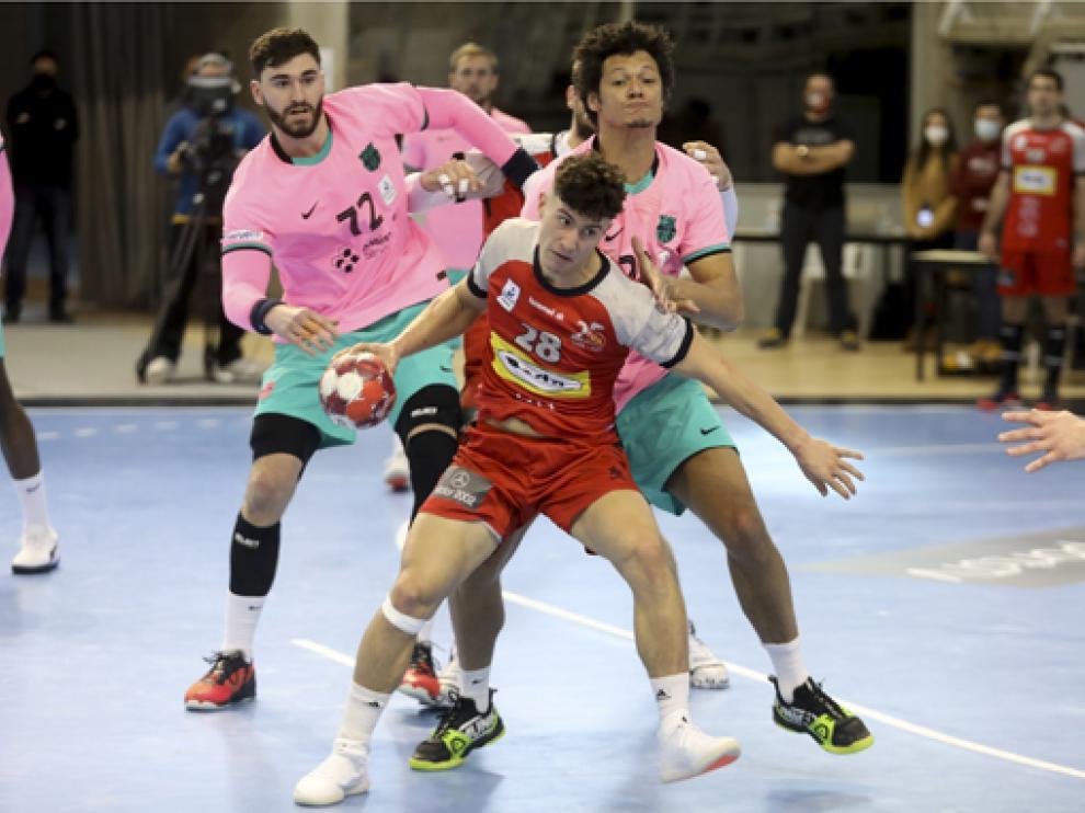 Bada buscará el 'milagro' en Santander ante el vigente campeón.