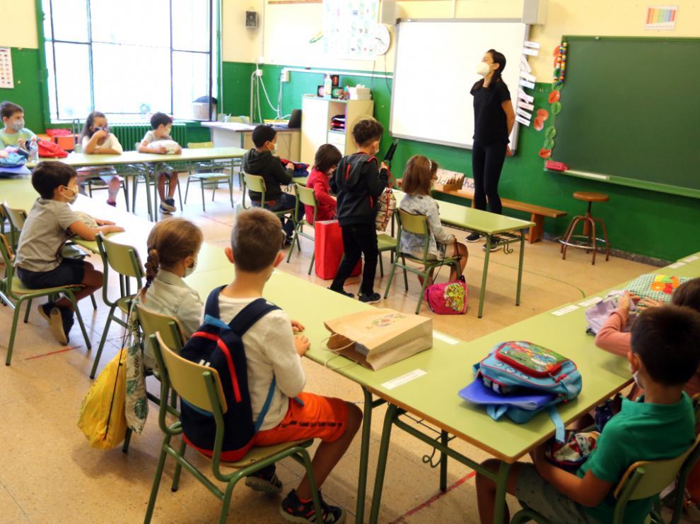 Inicio del curso en el Colegio el Parque de Huesca   foto pablo segura   PABLO SEGURA PARDINA -    [[[DDA FOTOGRAFOS]]]
