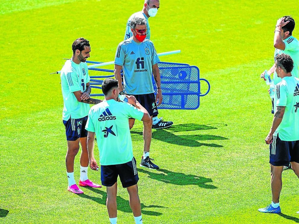 Luis Enrique da la bienvenida a Soler, Fornals, Rodrigo y Méndez.
