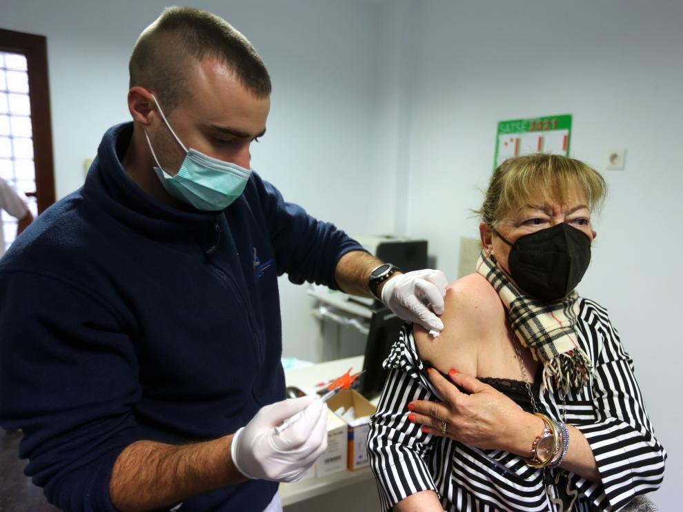 La campaña de vacunación avanza e incorpora nuevas cohortes.