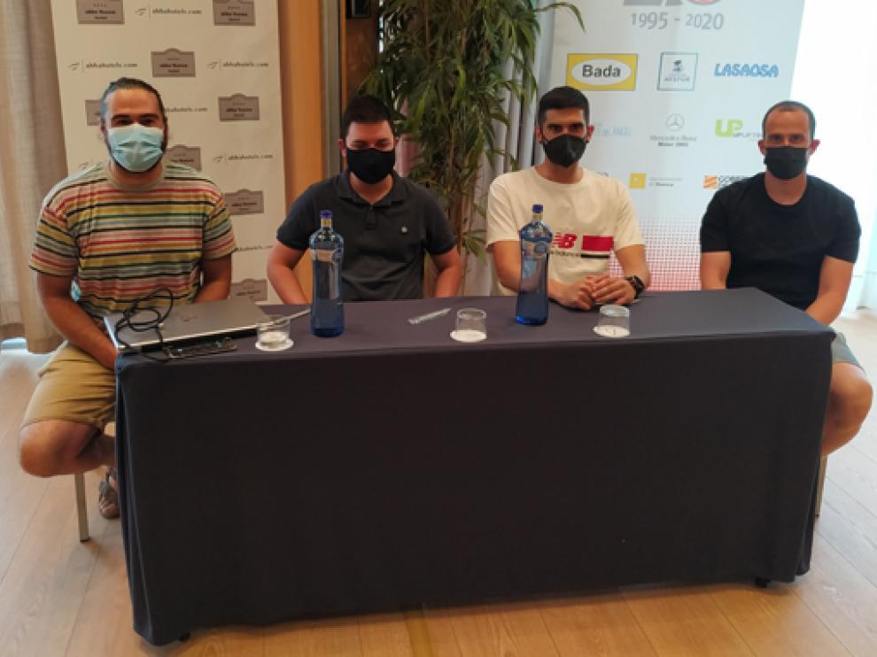 Néstor Oliva, Oriol Ferré, Ismael Pérez y Lucas Calvo, ayer en el Hotel Abba Huesca.