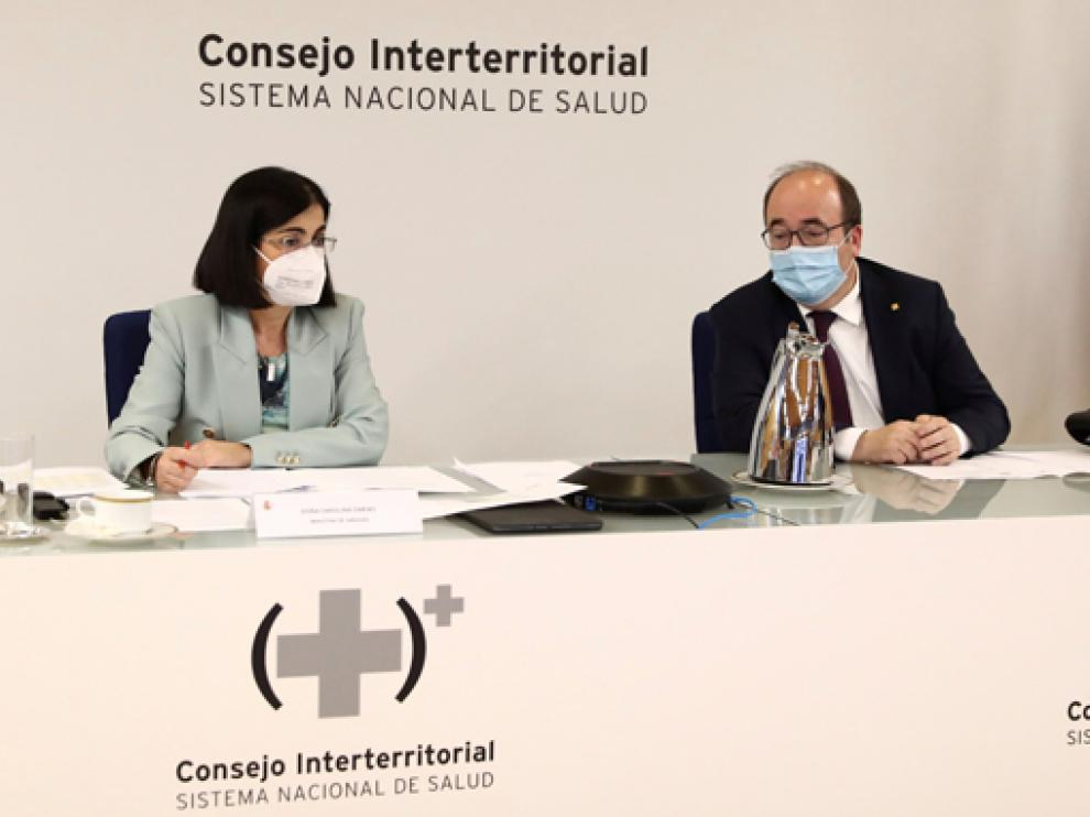 Los ministros Carolina Darias y Miquel Iceta, ayer durante el Consejo Interterritorial.