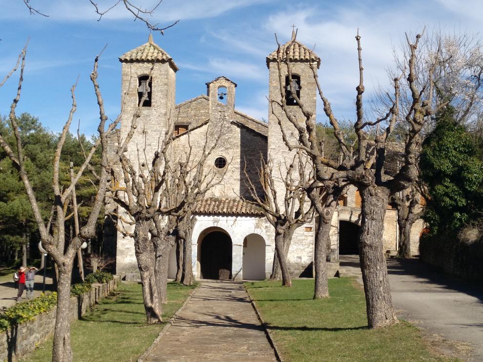 Los promotores modifican el proyecto para no ocupar los terrenos junto al santuario de Bruis.