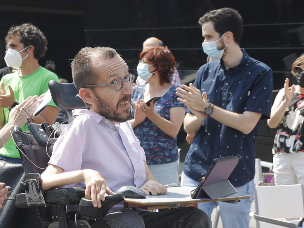 Pablo Echenique, en el último acto de la campaña de la ministra de Derechos Sociales para liderar Podemos, en Zaragoza.