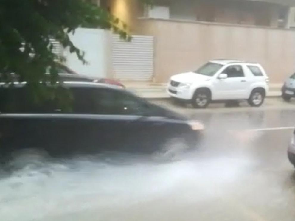 La lluvia cayó con fuerza en la capital oscense
