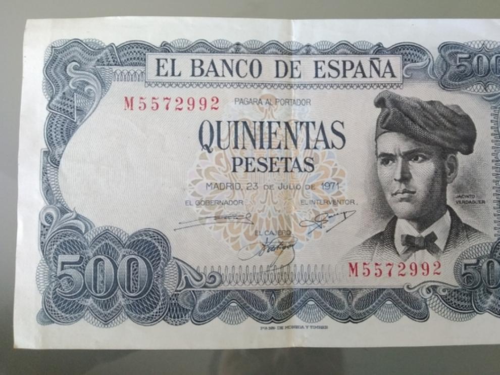 Un billete de quinientas pesetas.