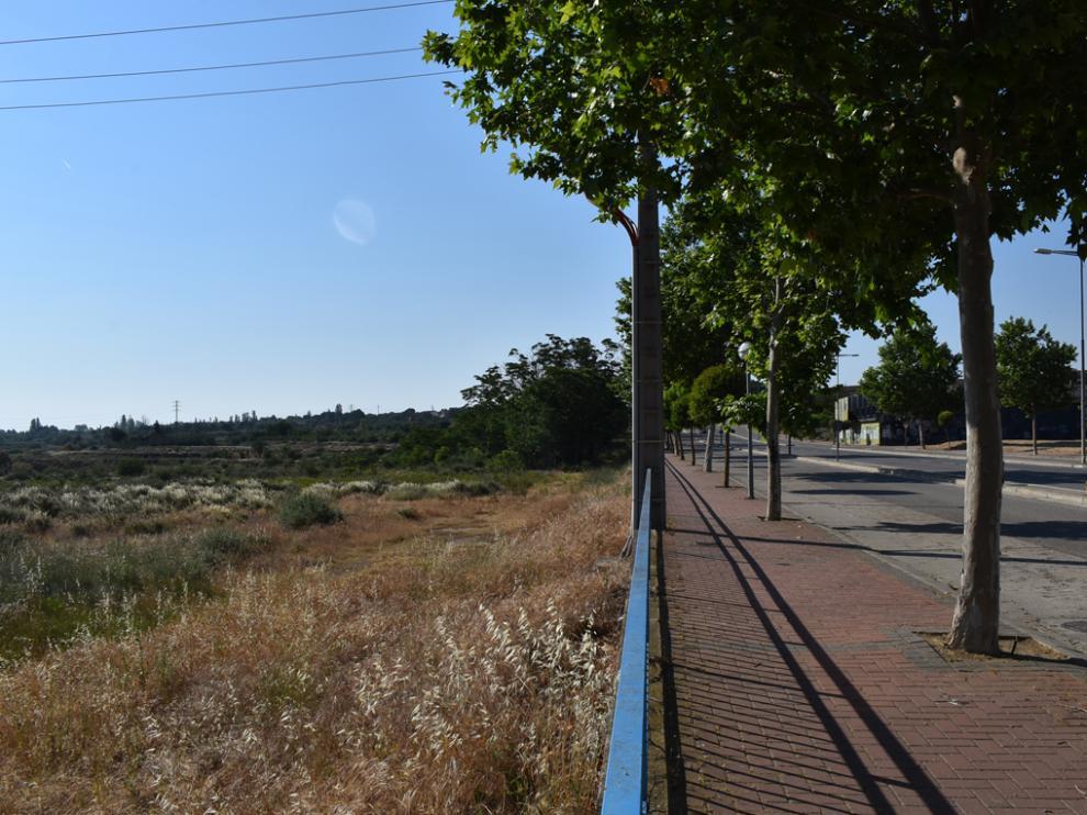 El terreno está ubicado entre la avenida Lérida y la calle Valle Tamarite
