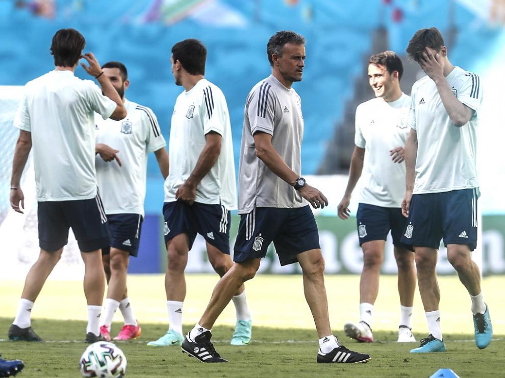 España, dirigida por Luis Enrique, afronta el campeonato con un equipo muy cambiado