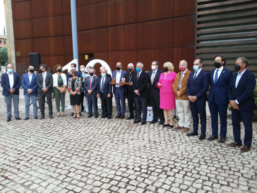 Han sido reconocidos el obispo Ángel Pérez y el consejero de Cultura, Felipe Faci tras el regreso de los bienes