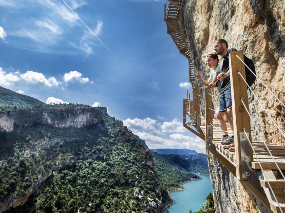 Tres millones de euros para desestacionalizar el turismo en Aragón a través de los bonos turísticos