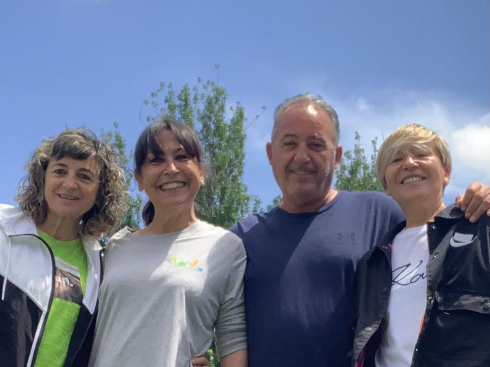 Carmen Larré, Lali Laliena, Eduardo Piedrafita y Mamen Tornil, socios de la cooperativa SCLAFRAA.