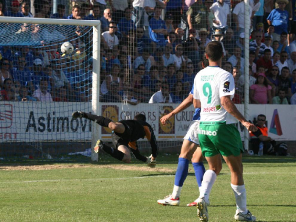 El gol de Roberto en Écija, un tanto inolvidable.