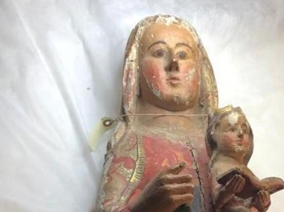 Detalle de la imagen de Santa Ana.