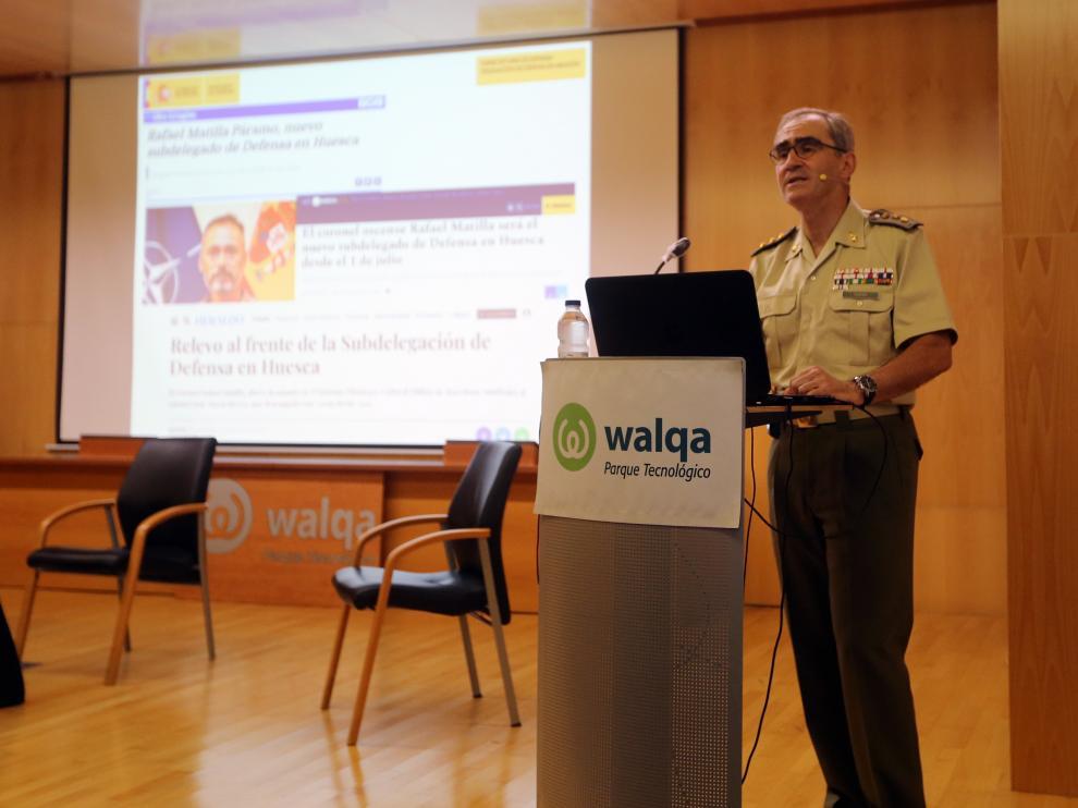 Conferencia subdelegada Defensa17 - 6 - 21 foto pablo segura El coronel José María Rivera durante su intervención en la conferencia.
