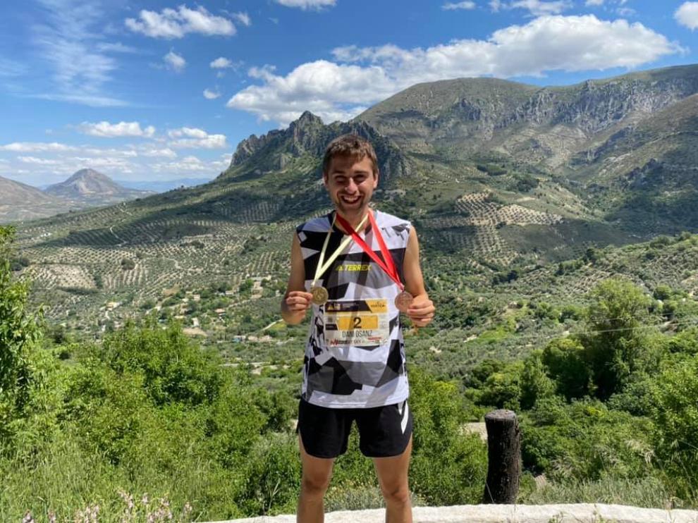 Daniel Osanz, con las medallas en el último Campeonato de España.