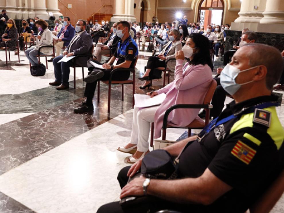 Asistentes a la jornada para coordinar a las instituciones en la lucha contra la violencia machista.