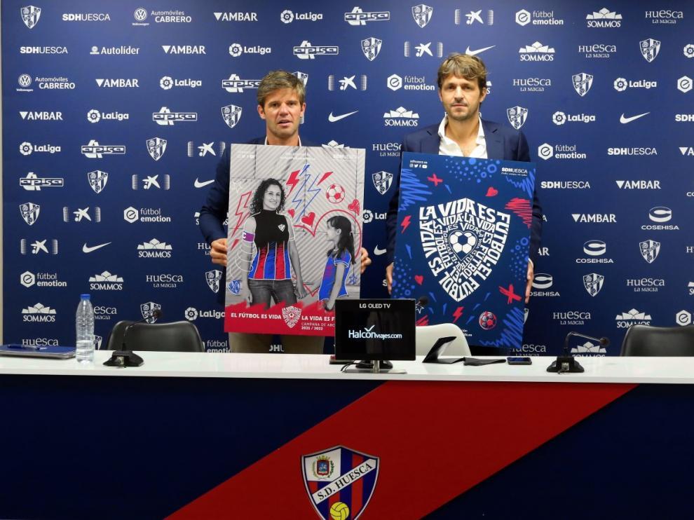 Josete Ortas y Agustín Pueyo han presentado la campaña de abonados.