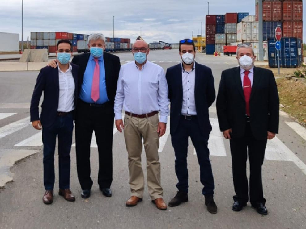 Imagen de la visita de los inversores a Monzón