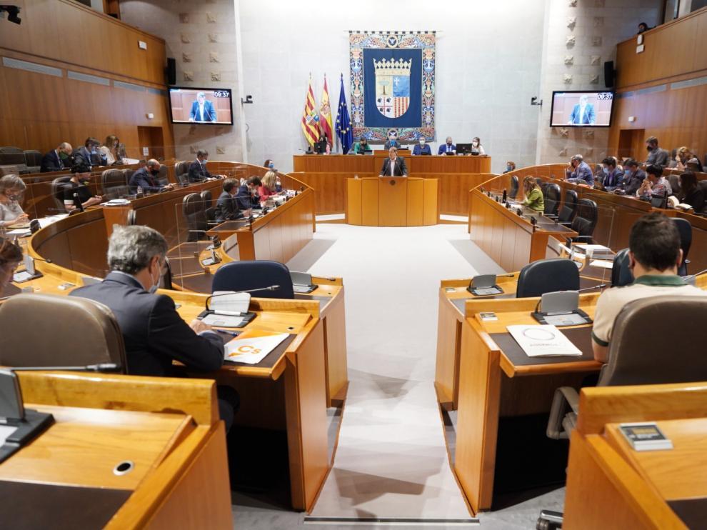 Sesión plenaria de la Cortes de Aragón.