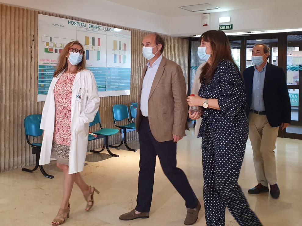 La consejera de Sanidad ha visitado este viernes el Hospital Ernest Lluch.