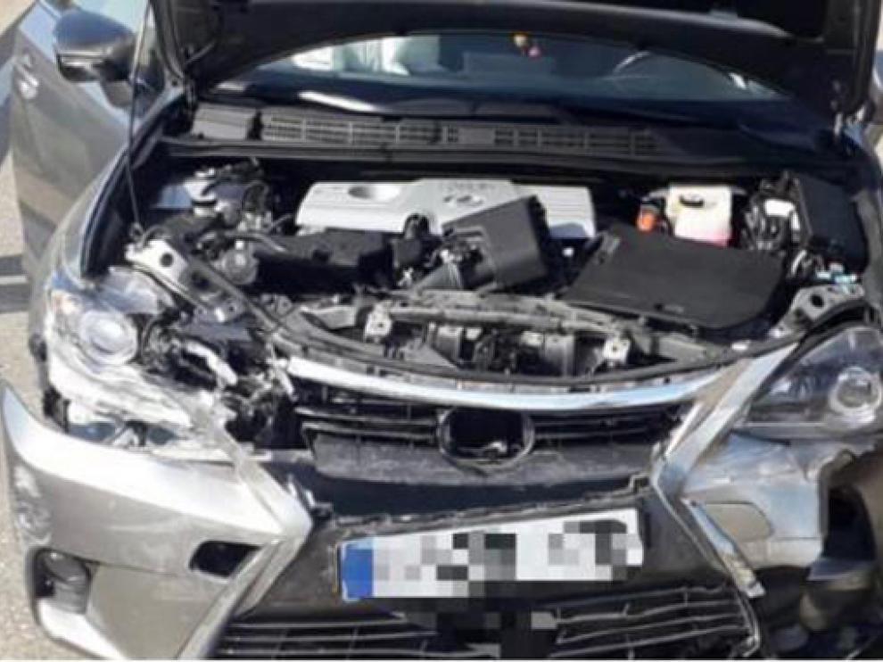 Estado de uno de los vehículos del accidente en Caspe
