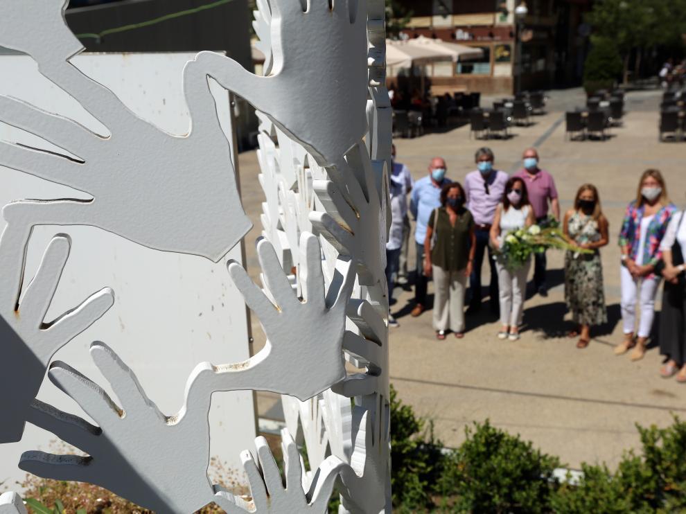 Homenaje a las Víctimas del Terrorismo de ayer en la plaza de San Antonio de Huesca
