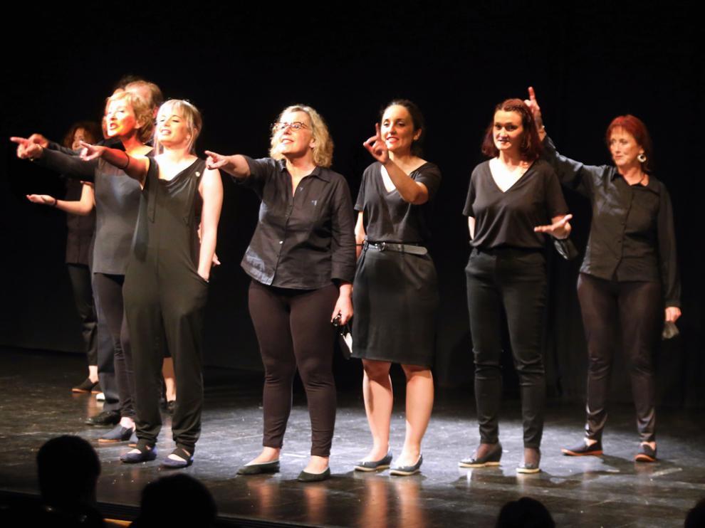 """Representación de """"Acuerdos y desacuerdos"""", de Candil Teatro."""