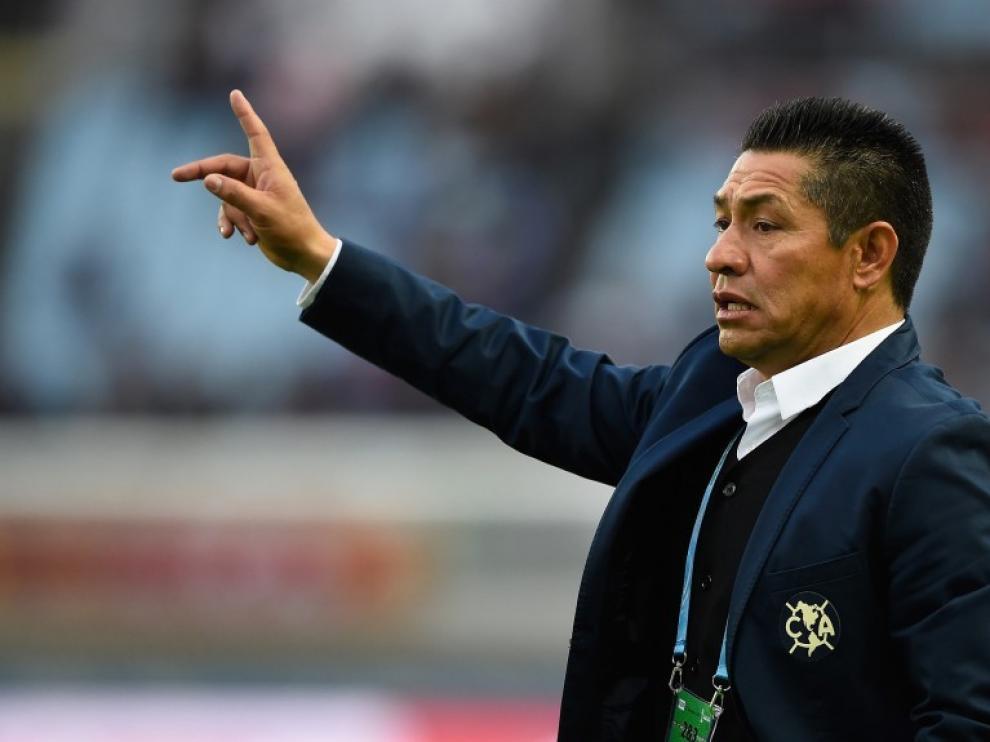Nacho Ambriz ya es oficialmente entrenador del Huesca
