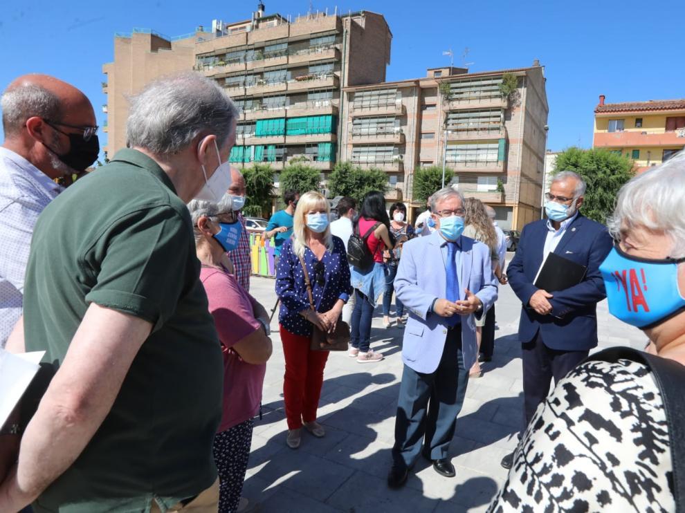 El Justicia de Aragón, Ángel Dolado, ha visitado este lunes la capital oscense.