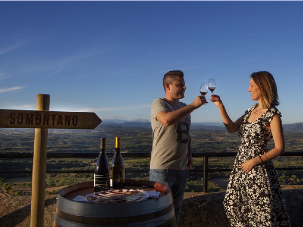 La Ruta del Vino Somontano estrena este próximo viernes las Catas con Vistas