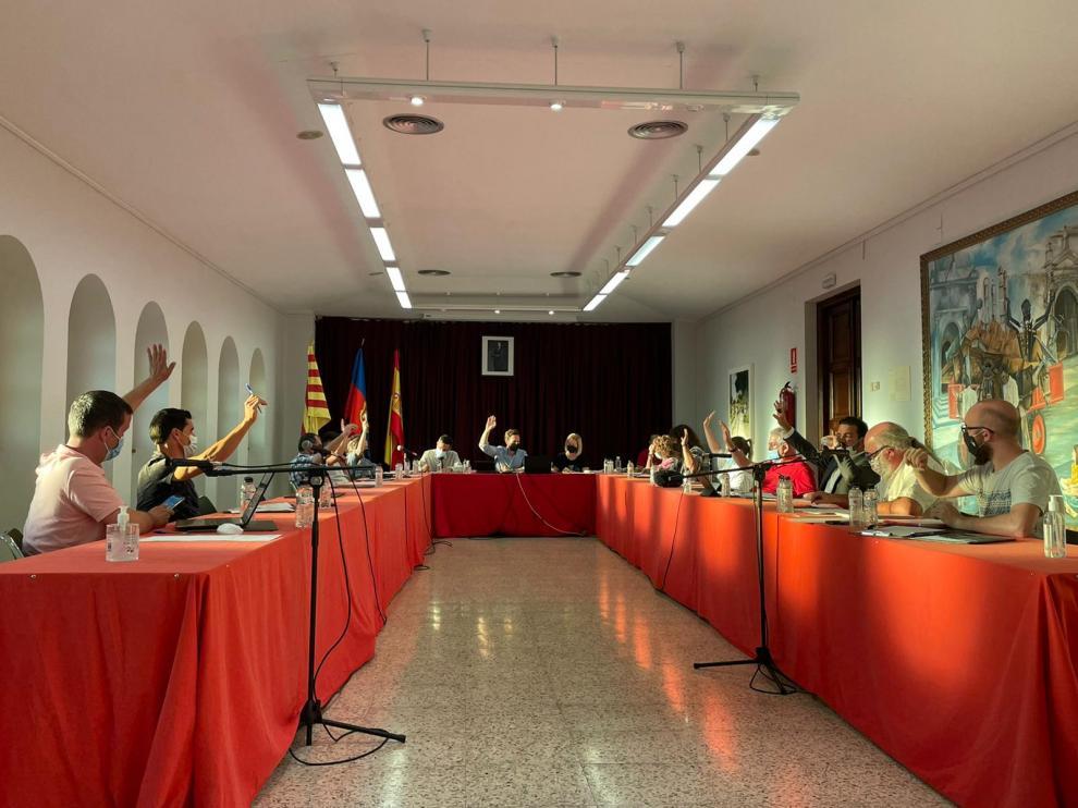 Imagen del pleno celebrado en Monzón