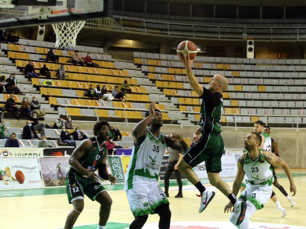 El Peñas seguirá en la segunda categoría del baloncesto español