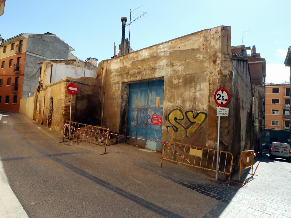 Inmueble de la calle Pedro IV que se va a derribar  2 -7 - 21   foto pablo segura