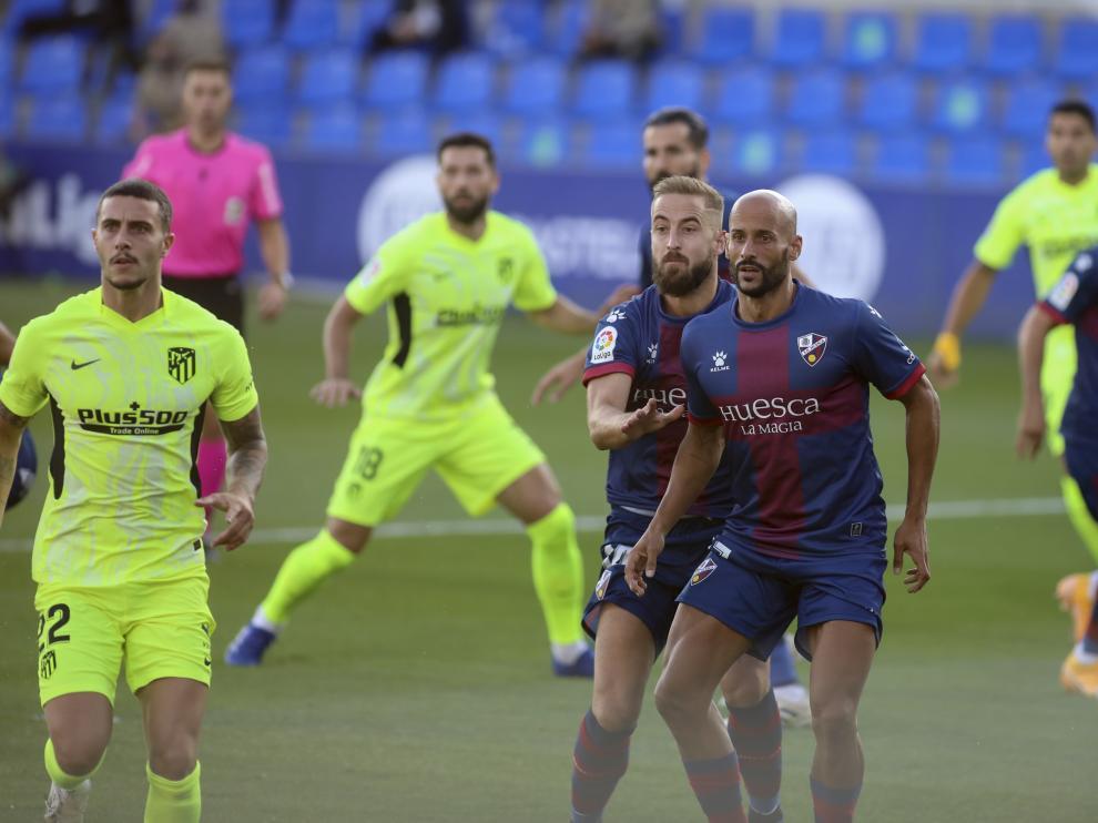 Los capitanes Jorge Pulido y Mikel Rico son dos de los diecisiete jugadores con contrato en vigor.