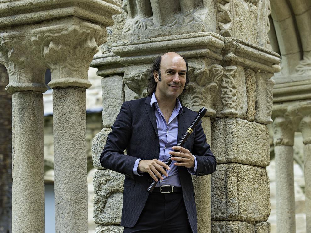 Carlos Núñez es uno de los artistas invitados.