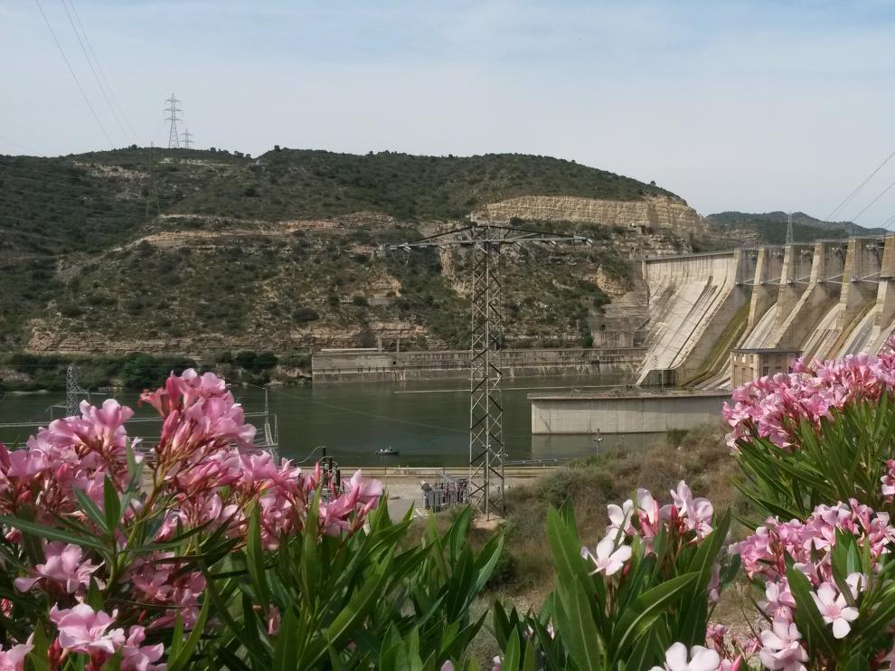 Central hidroeléctrica de Endesa en Mequinenza.