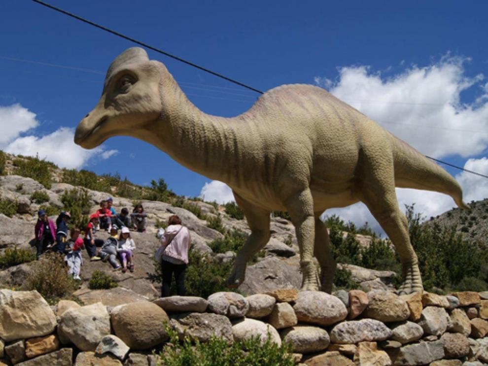 El Museo de los Dinosaurios alberga 500 metros cuadrados de exposición paleontológica.