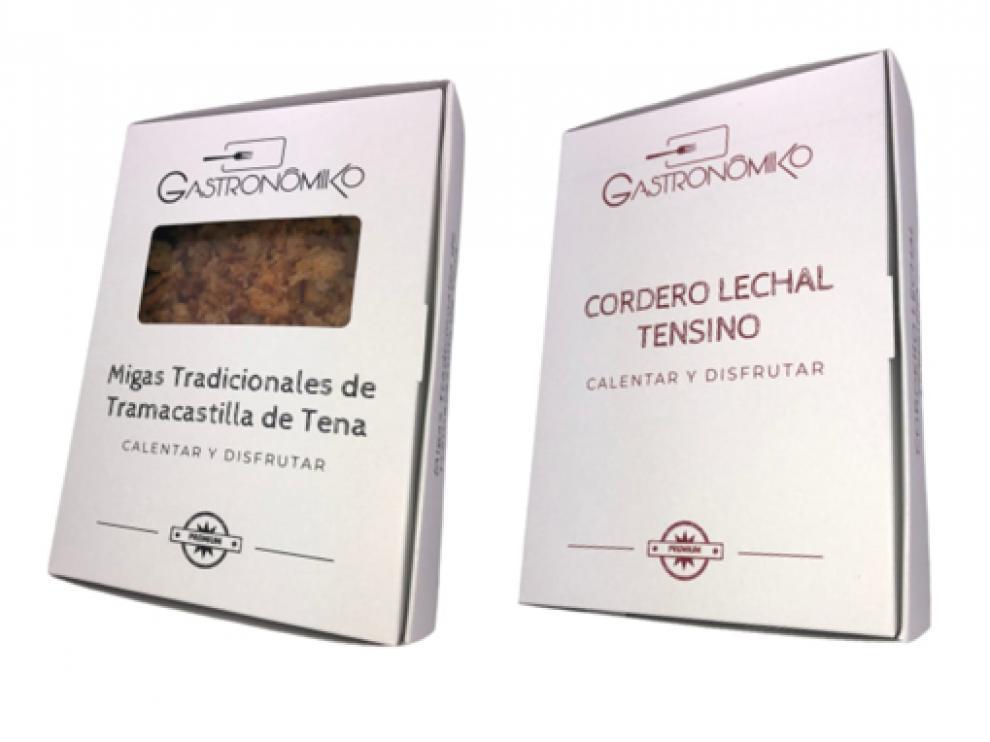 Envases en los que se presentan las migas y el Lechal Tensino.