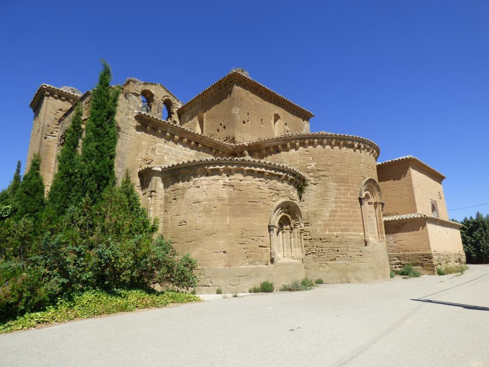 Monasterio de Villanueva de Sijena en la comarca de los Monegros
