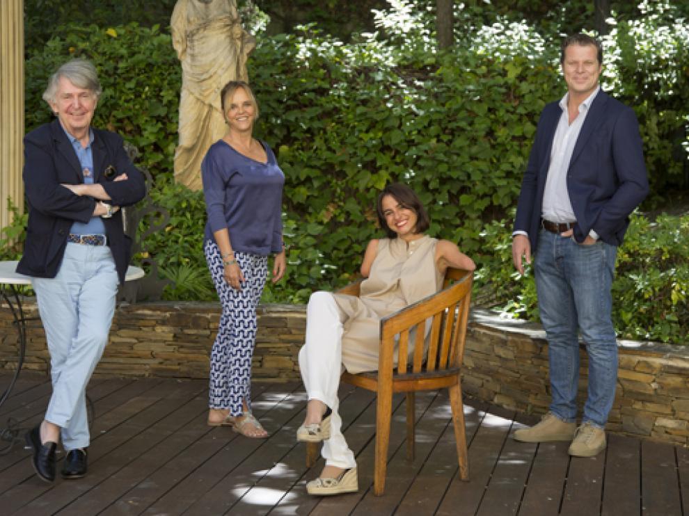 Ricardo Vaca Berdayes, Blanca Vives, Lary León y Jota Abril, miembros del jurado que este jueves falló los premios Iris.