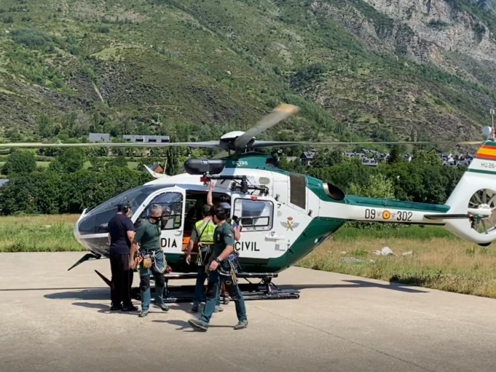 La Unidad Aérea de la Guardia Civil ha intervenido en varios rescates.
