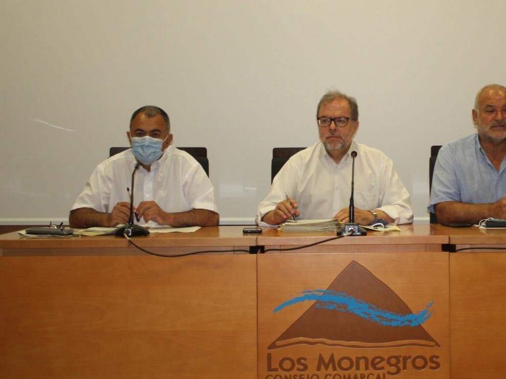 Bizén Fuster durante la reunión sobre carreteras en Los Monegros.
