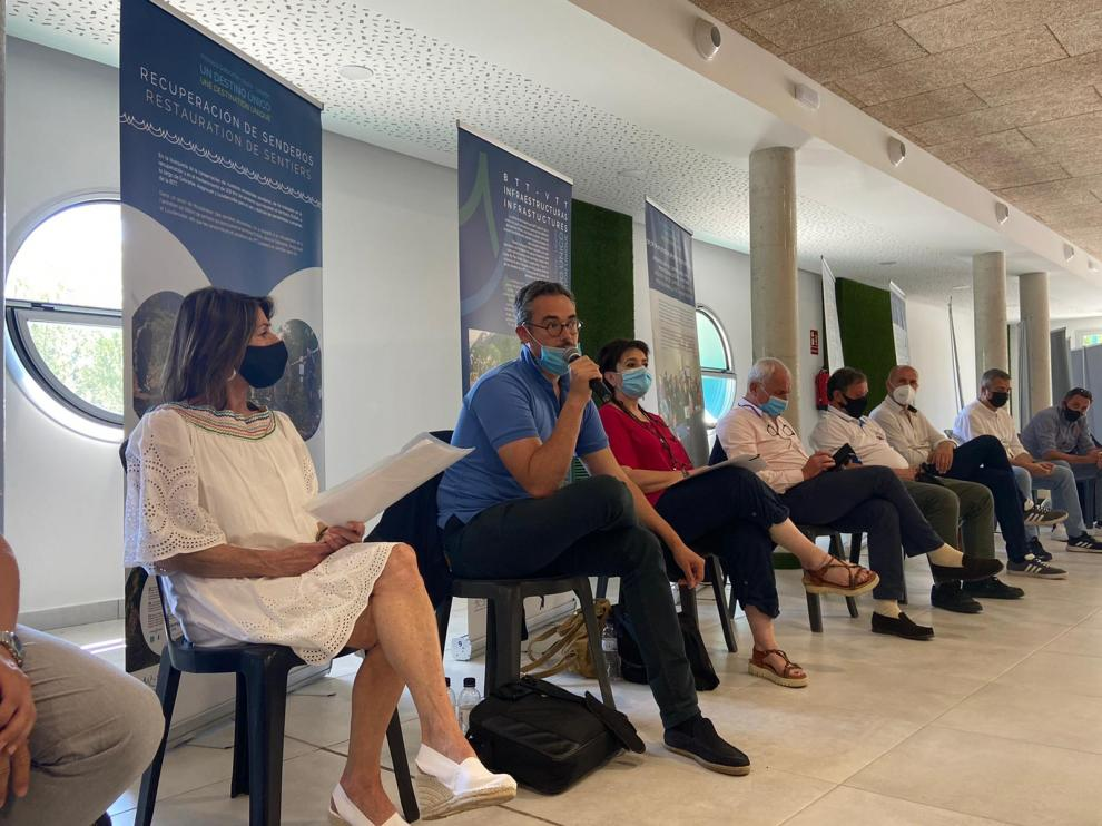 Participantes en la clausura del programa Poctefa Dusal, en el Centro Cultural de Aínsa
